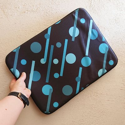 Linear Blue Dots and Dashes laptop sleeve