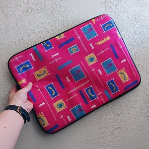 Paintbrush Faces Fuschia laptop sleeve