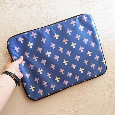 Shoreline Cross laptop sleeve