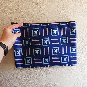 shoreline x patterned pouch